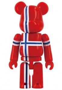Bearbrick Art Toy con diseño dela Bandera de Noruega