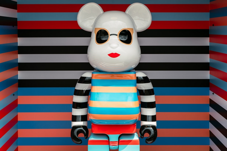 Bearbrick Art Toy con diseño de Max Mara