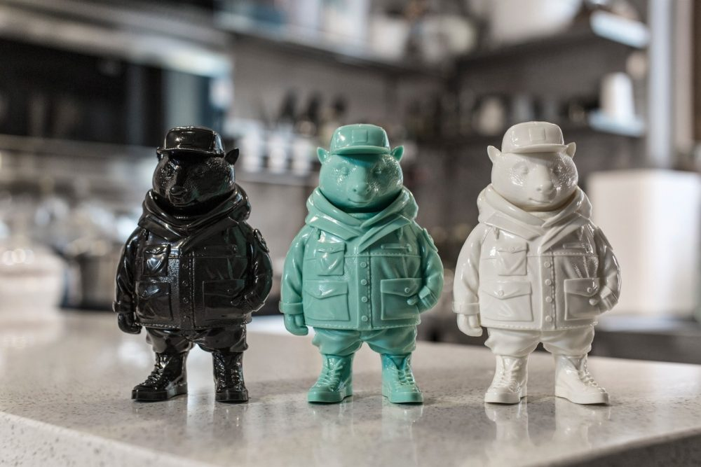 MixBadger Sofubi Unbox Industries