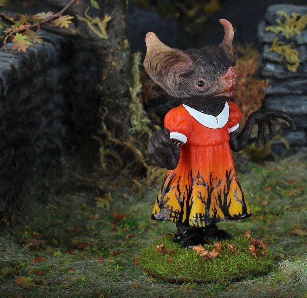 Emily Manning - Rubella Bites Halloween-min