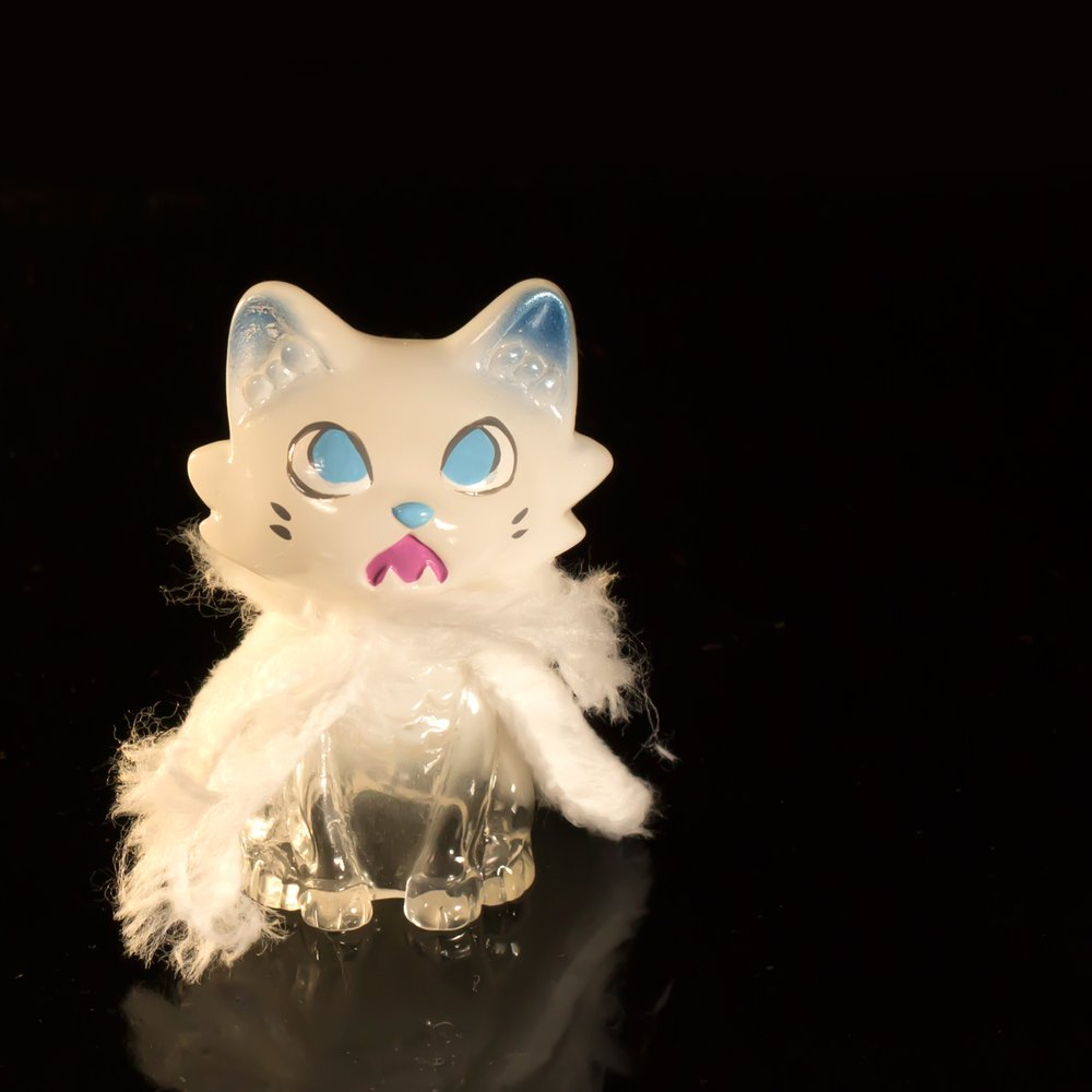'A mean one' Wananeko y 'Snow Spirit' Baby Wananeko de Stickup Monsters (1)