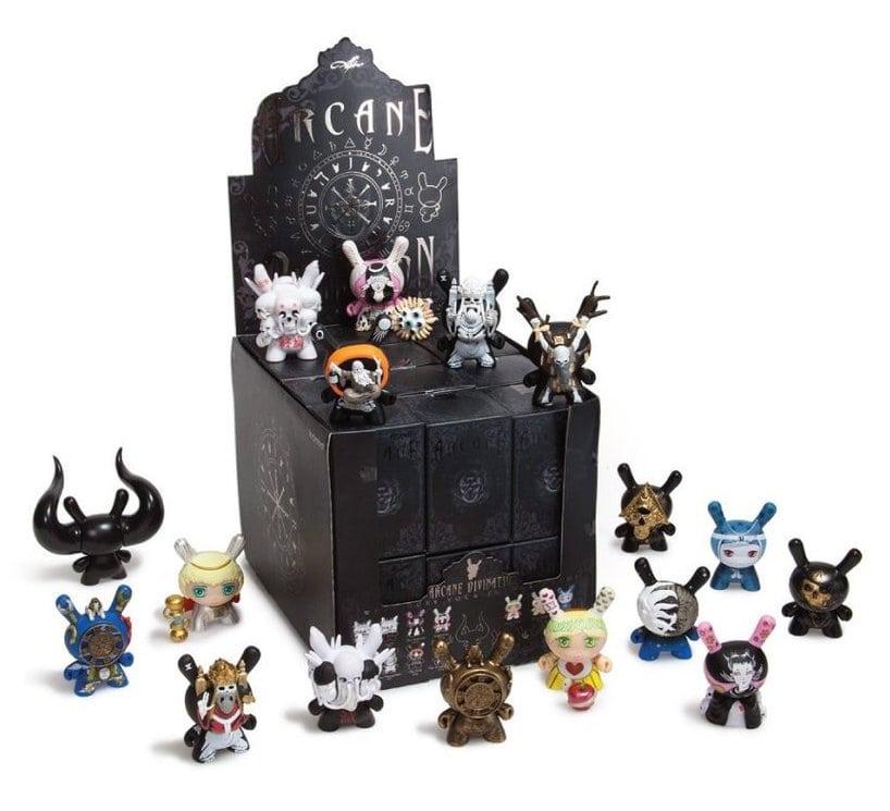 Kidrobot Dunny Arcane Divination - Best Mini Serie
