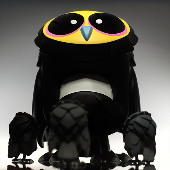 Art Toy Buho, Omen Totem del estudio Coarse