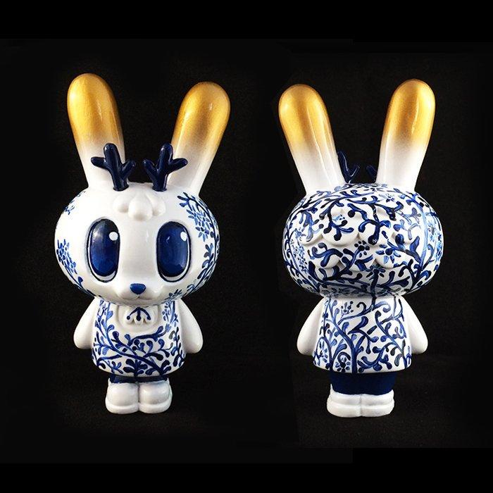 Dorobanii Fajalauza Cristina Ravenna Art Toy