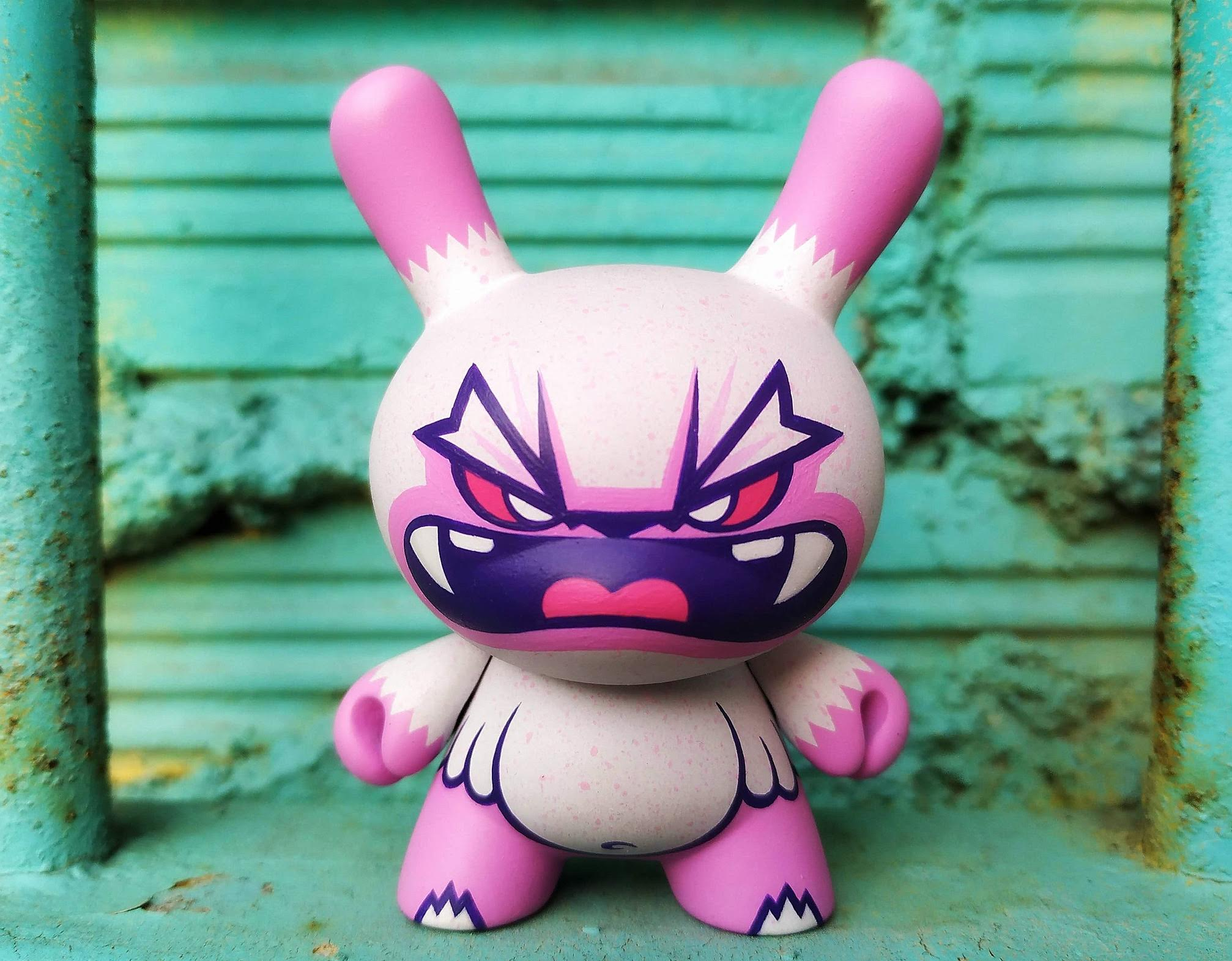 Custom Dunny de Flüke Art Toy Kidrobot