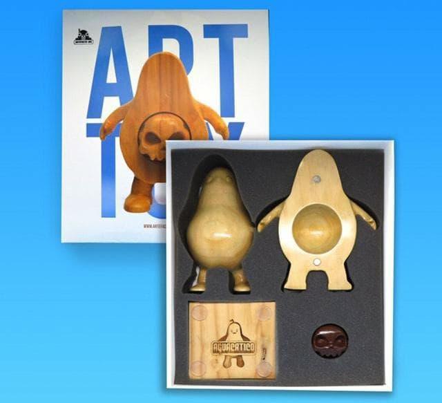 Señor Aguacate Artefacto Inc Aguacatico Art Toy