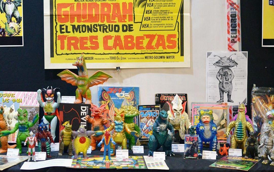 Invasion Buenos Aires Argentina Kaiju Monstruos Robots Exposicion