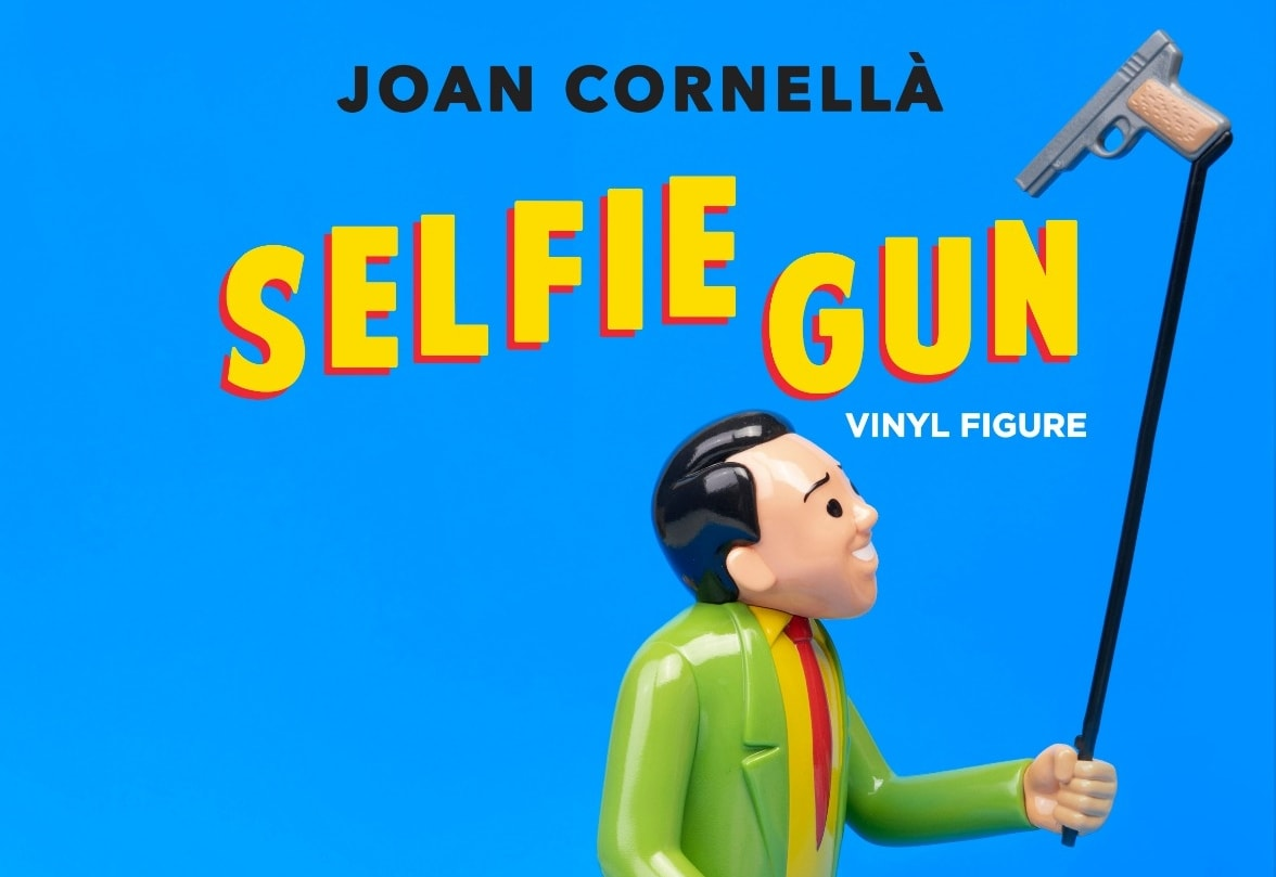 Selfie Gun Joan Cornella Art Toy Sculpture