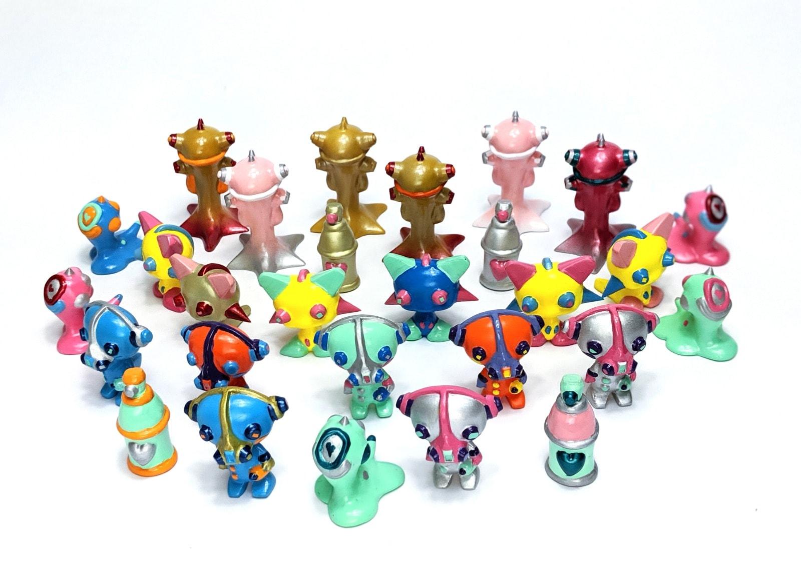 Wave Irikanji Facter Resin Art Toy