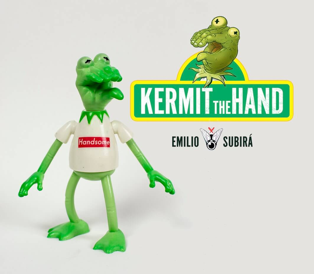 Kermit the Hand Handsome Resin Toy Art Toys Emilio Subira