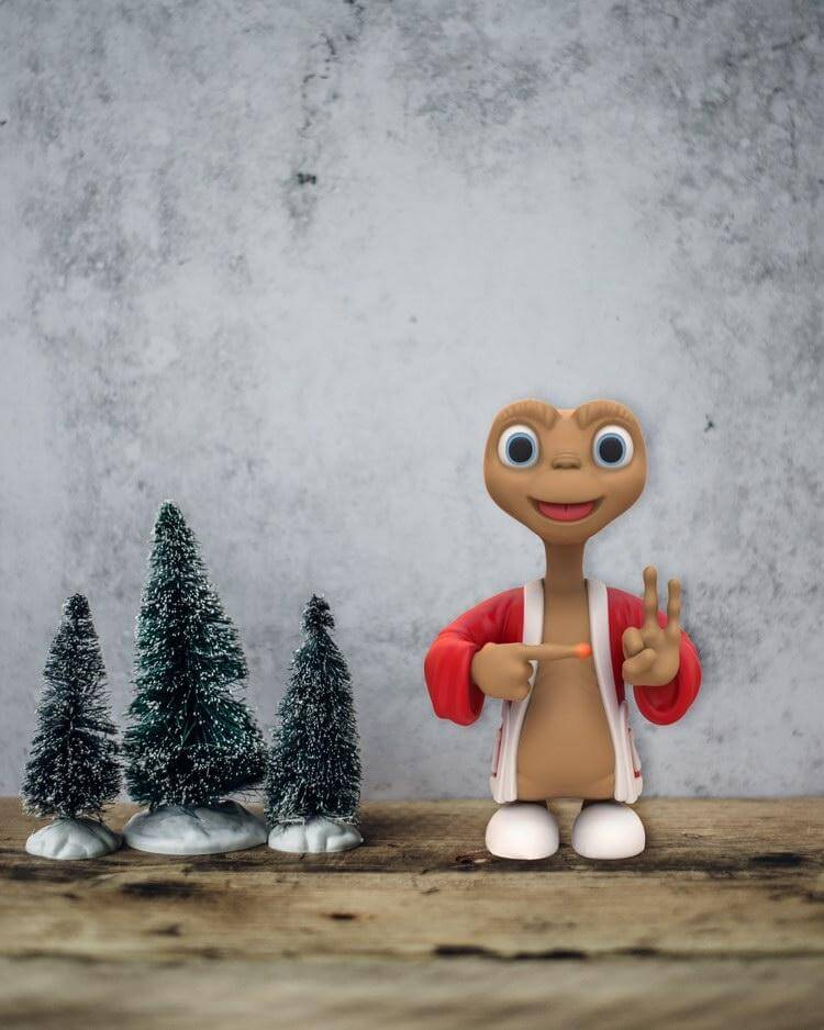 Juce Gace Hole-Home Art Toy