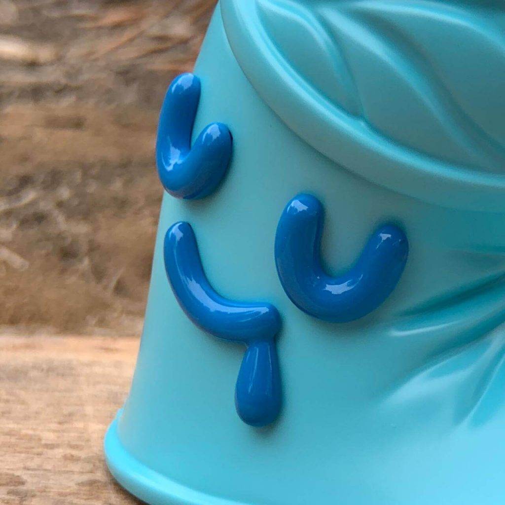 Latito Oso de Agua Street Art Toy